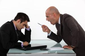 nekanie-w-pracy-–-jak-walczyc-z-mobbingiem