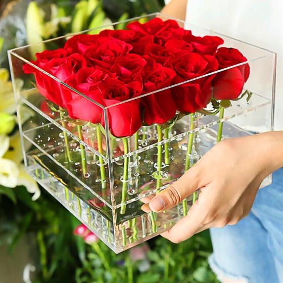 korobka-cvetov-quot-ty-moj-mir-quot-s-dostavkoj-v-komsomolske