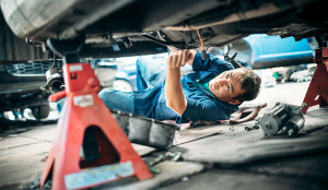 motor-repair-workplace-injuries