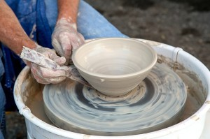 clay-1220105_640